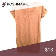 🌸cute tee shirt sweater🌸 Light brown GAP short sleeved sweater GAP Sweaters Crew & Scoop Necks