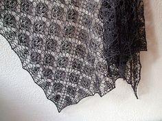 A Leaf in a Leaf by Mabel Teoh free pattern.