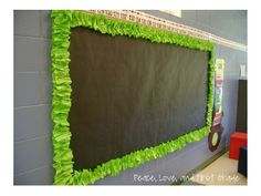 Tutorial for making scrunchy border from bulletin board paper from Peace, Love, and First Grade Bulletin Board Paper, Bulletin Board Borders, Classroom Bulletin Boards, Classroom Door, School Classroom, School Fun, Classroom Borders, School Daze, Borders For Board