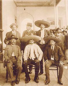 Entrada de Zapata y Villa a la Ciudad de México. Diciembre 6 de 1914
