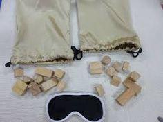 Image result for stereognostic bag montessori Picnic Blanket, Outdoor Blanket, Geometric Solids, Montessori, Bags, Home Decor, Handbags, Decoration Home, Room Decor