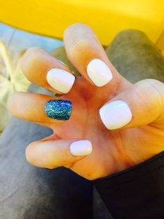 My new claws #nails #white #glitter