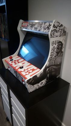 Bartop arcade style Marvel Retro Arcade Machine, Arcade Game Machines, Arcade Games, Bartop Arcade Plans, Arcade Cabinet Plans, Arcade Game Console, Arcade Stick, Diy Tech, Raspberry Pi Projects