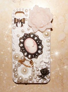 Gorgeous phone cover!