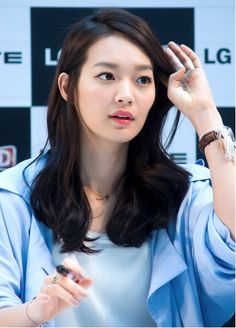 Natural looking curl- so pretty! #curl #hair #hairstyle #shinmina #celebrity #koreancelebrity