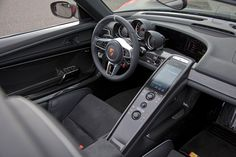 porsche 918 spyder dash- the lucky few who see this firsthand.....