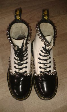 custom docs made by myrdin planet M.