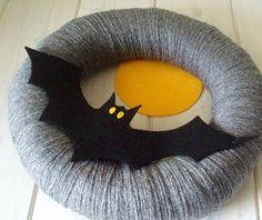 felt bat wreath.  Would be so cute on my doors!