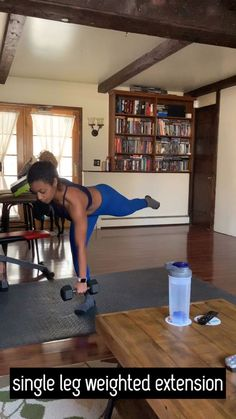 One-arm push ups are a versatile bodyweight workout. They're terrific for weight loss, improving cardiovascular physical fitness and reinforcing the body. Learn how to do One-arm rise with this workout video. Killer Workouts, Toning Workouts, At Home Workouts, Exercises, Crossfit, Ab Workout Men, Weight Training, Glutes, Workout Videos