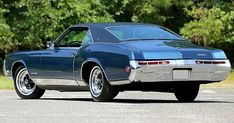 1969 Buick Riviera - Just Actual Miles! American Car Logos, Old American Cars, American Classic Cars, American Muscle Cars, Ford Taurus Sho, Jeep Cherokee Sport, Buick Cars, Buick Riviera, Automotive Logo