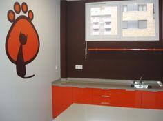 Consulta de reconocimiento, clinica veterinaria, en Logroño. Proyecto Valdecantos Galdos. #muebles #g10muebles