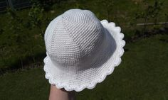 Baby Sun Hat | Free crochet pattern via Ravelry