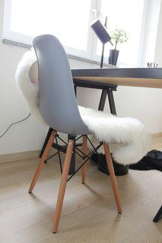 who is mocca, blog, tirol, tirolblog, blogger, innsbruck, fashionblogger, street style, home office, büro, inspiration, einrichtung, ikea, voga, minimalistisch, clean, gold, schwarz,