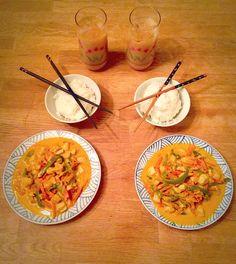 Mmm thai food with thai tea!!