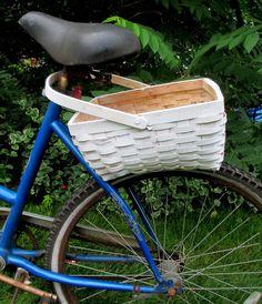 DIY Project ~ My Bicycle Planter – Our Fairfield Home & Garden Diy Garden Decor, Garden Crafts, Garden Projects, Diy Projects, Garden Ideas, Diy Decoration, Project Ideas, Craft Ideas, Old Bicycle