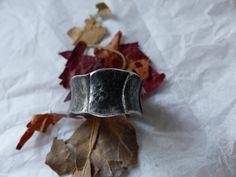 Bandringe - schicker Ring in Used Optik - ein Designerstück von schmuckspektakel bei DaWanda