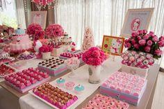 Festa Hello Kitty: simplesmente perfeita! (Hello Kitty birthday party - perfect!)