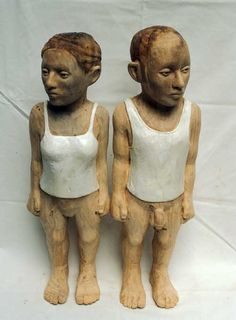 Born in 1973 in Pretoria, Claudette Schreuders lives and works in Cape Town, where she graduated with a master's degree . Wood Sculpture, Garden Sculpture, White Couple, Adam And Eve, Artist Art, Painting On Wood, African, Pottery, Ceramics