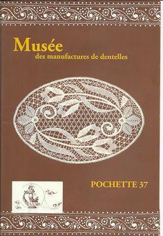 Album sous forme d& Tunisian Crochet Patterns, Bobbin Lace Patterns, Weaving Patterns, Crochet Chart, Filet Crochet, Dress Patterns, Crochet Book Cover, Crochet Books, Crochet Doilies