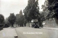 A collection of old postcards of Richmond and Kew, in Surrey, Richmond London, Richmond Upon Thames, Old London, London History, Kew Gardens, Surrey, Vintage Postcards, Buses, Roads