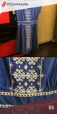 Blue dress with beautiful embroidery! Re-posh, doesn't fit my extra wide ribcage . It's a BEAUTIFUL dress from India. Made of beautiful linen, zipper on the side. Doesn't have a size but definitely would fit a small or XS. Smoke free home Dresses