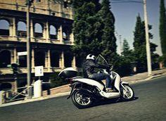 Assicurazioni per moto e scooter. il ministro Lupi lavora per l'abbattimento