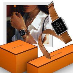 O aguardado Apple Watch criado em parceria com a Hermes chega às lojas na próxima segunda-feira (05.09). Com cinco opções de pulseiras em couro, o relógio-desejo será vendido com embalagem que leva o icônico laranja da grife francesa – algo inédito entre os produtos da Apple, que tem o branco como cor oficial. Com preços entre US$ 1.100 e US$ 1.500, o item-desejo estará disponível em lojas selecionadas da Europa, Ásia e Estados Unidos .
