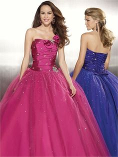 Taffeta and Tulle With Beading Ball Gown Strapless Prom Dress PD10500 www.dresseshouse.co.uk $136.0000
