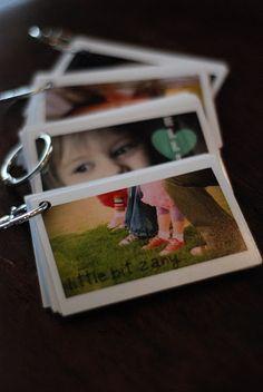 another good idea for photos. mini photo books DIY
