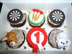 Amazing personalised cupcakes from Caroline's Cupcake