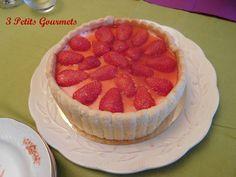 Charlotte aux fraises (version 2) - 3 petits gourmets Mai, Tiramisu, Biscuits, Cheesecake, Ethnic Recipes, Desserts, Bavarian Cream, Foodies, Everything