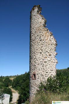 Tour de Boissezon. #Murat sur Vèbre, petit village des #Monts de Lacaune, #Tarn. Calme, bonne #gastronomie, #randonnées et plus si affinités... http://www.tourisme-montsdelacaune.com