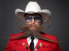 NUOVO 6 emergenza MOUSTACHES Novità Regalo Festa TACHE Cowboy Magnum Costume