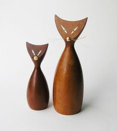 Mid Century Teak Cat Figurines by icondesign on Etsy, $13.99