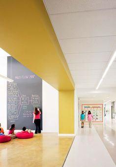 Open Floor Plan - The Classroom & The Corridor in a Frame --- James Berry Elementary School Dream School, I School, School Classroom, Primary School, Elementary Schools, Magnet School, Kindergarten Design, Kindergarten Interior, Kid Spaces