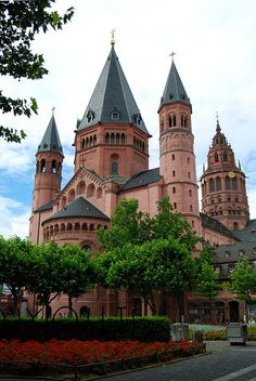 Mainz Cathedral, Mainz, Germany This cathedral is absolutely beautiful inside. . _ >> Please Like before you RePin <<< _ Personally Sponsored by Rick Stoneking Sr. Owner/Founder @Int'lReviews - World Travel Writers & Photographers Group. We Write Reviews & Photograph sites for Travel, Tourism & Historical Sites clients. Rick.Stoneking@yahoo.com