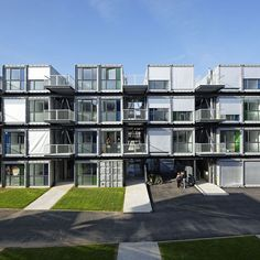 Cité A Docks – Student Dorms Made from Shipping Containers