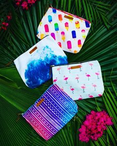 Spring into Island Trendz Boutique! Check out these CLUTCHES that have spring break written all over them!! With a water resistant interior lining this clutch will keep your belongings safe all spring long! #islandtrendzboutique #puravida  #beachlife #islandstyle #islandlife #tropical #soclutch #springbreak #happy #fun #springbreakessentials #popsicles #beachvibes #flamingoes #shoplocal