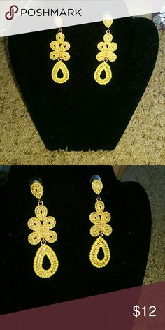 Chandelier earrings   Chandelier earrings, Costume jewelry and ...