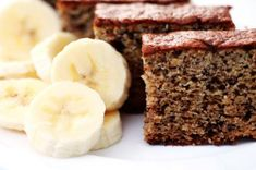 This page contains banana cake recipes. Ripe bananas are commonly used for making quick bread, but these sweet fruit are equally delicious baked into a moist cake. Food Cakes, Cupcake Cakes, Sweet Recipes, Cake Recipes, Dessert Recipes, Desserts, Banana Recipes, Moist Cakes, Frugal Meals