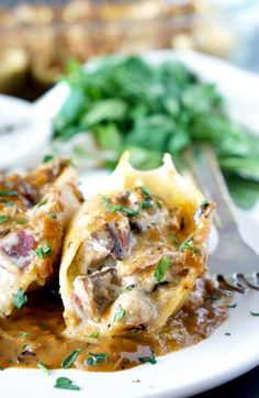 *COPIED Chicken Marsala Stuffed Shells with Creamy Marsala Sauce is full of concentrated, layered flavors. It's everything you love about the classic dish but in delectable stuffed shell-form! Best Chicken Recipes, Pasta Recipes, Cooking Recipes, Sweets Recipes, Chicken Ideas, Water Recipes, Easy Dinner Recipes, Great Recipes, Favorite Recipes