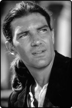 Antonio Banderas, now that he is getting a divorce, I am going to ask for his hand and other things in marriage ♥