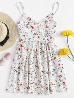 Shop Floral Print Cami Dress at ROMWE, discover more fashion styles online. Cute Summer Outfits, Pretty Outfits, Pretty Dresses, Spring Outfits, Cool Outfits, Summer Dresses, Casual Dresses, Casual Outfits, Romper With Skirt