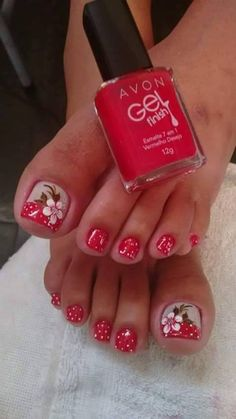 30 toe nail designs to keep up with trends 026 Toe Nail Color, Toe Nail Art, Nail Colors, Pretty Toe Nails, Cute Toe Nails, Nice Nails, Toenail Art Designs, Flower Pedicure Designs, French Pedicure Designs