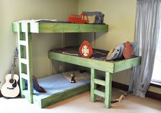Free plans for how to make a triple bunk bed set for kids. Seemed like a good idea to save this link since we have 3 girls now. :-)