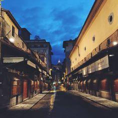 5 cose da fare a Firenze che forse non hai mai fatto prima - Ponte Vecchio alba Firenze #firenze