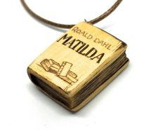 Mathilda Book Pendant (Roald Dahl) - pendant for book lovers with pyrography - wooden book necklace, mini book, wood jewelry, wooden pendant