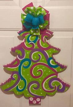 Christmas Rock, Wooden Christmas Trees, Colorful Christmas Tree, Christmas Signs, Christmas Ideas, Christmas Stuff, Xmas, Christmas Door Decorating Contest, Christmas Door Decorations