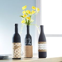 Reuse any of your old wine bottles with these fantastic wine bottle crafts! It's time to put your wine bottles to good use! Try these wine bottle ideas today. Wrapped Wine Bottles, Wine Bottle Vases, Empty Wine Bottles, Diy Bottle, Wine Bottle Crafts, Bottles And Jars, Bottle Art, Bottle Centerpieces, Glass Bottle