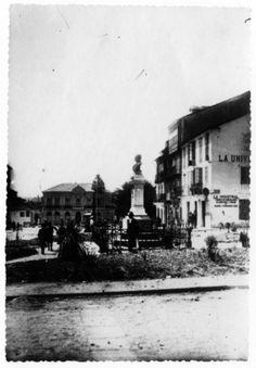 Praza de Santo Domingo, Lugo. Ca. 1910. Xelatina de prata ao clorobromuro. 16,5 x 11,5 cm.